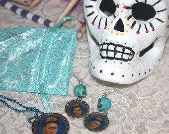 Turquoise Frida Bottle Cap Resin Necklace and earrings