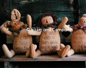 HeRe'S A HuG - SHeLF SiTTeRs - BuNNy - ANNiE - BeaR - PDF ePattern - Primitive and Whimsical