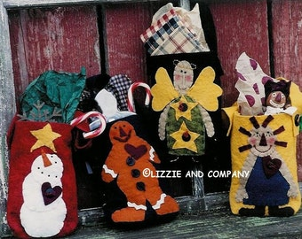 FeLTeD GiFt BaGs - Christmas Treat Bags - SNoWMaN - GiNGeRBReaD - AnGeL - RaGeDDy AnN - PDF ePattern - Primitive and Whimsical