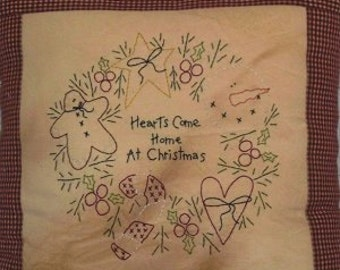 HeaRTs CoMe HoMe At CHRiSTMaS-STiTCHerY PaTTerN-PiLLoW PaTTerN - PDF E-Pattern - Primitive and Whimsical