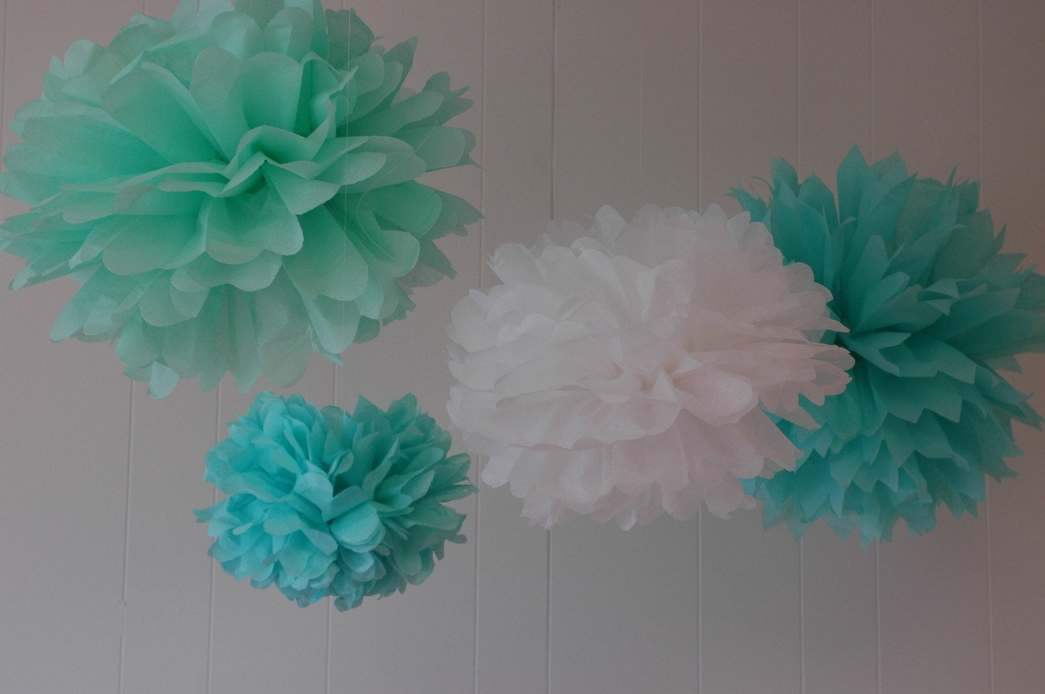 Tiffany Collection 5 Pom Poms Craft Show Booth Decorations