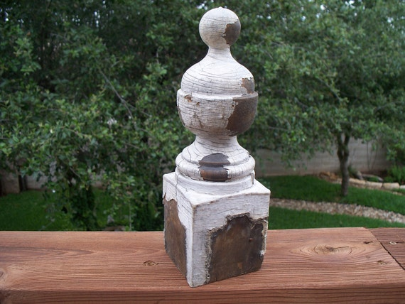 Shabby Vintage White Wooden Newel Post/Finial