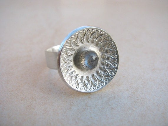 Silver Ring, statement ring, Labradorite ring, Gemstone ring, brushed silver, impressive,  feminine ring, sterling silver