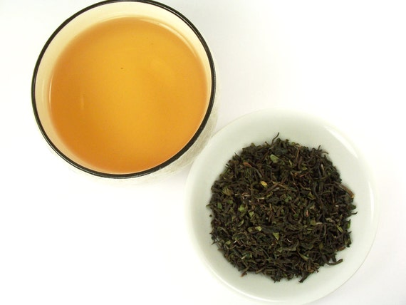 Darjeeling First Flush Tea 2012, Sungma Tea Estate (Organic), Loose leaf tea, 2.6 oz, Spring Black Tea