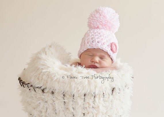 Newborn Pink and White Pom Pom Hat, Newborn Photo Prop, Newborn Girl Hat, Hat With Big Button, Newborn Pom Pom Hat, Newborn Beanie