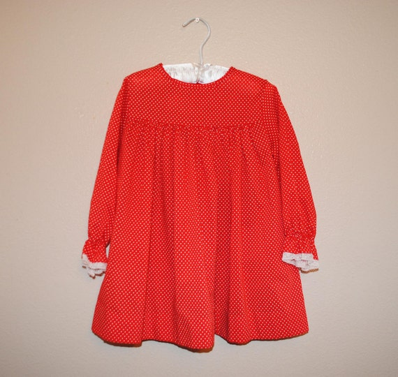 VTG 70s JCPenney Polka Dot Peasant Top with Lace trim sleeve
