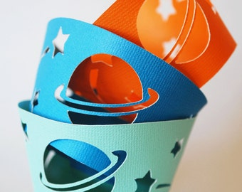Planet Cupcake Wrappers In your choice of color Qty 12 By Your Little Cupcake