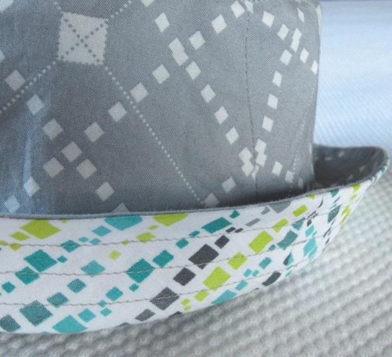 boy's sun hat, grey argyle, reversible, 5 sizes - LAST ONE