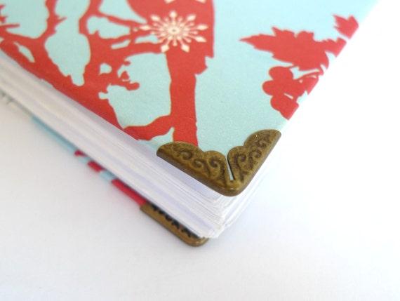20 Vintage Antique Bronze Metal Book Corners - Bookbinding - Scrapbooking - Photo Album - Diary - Journal
