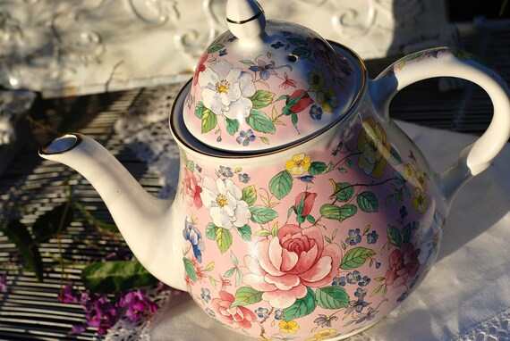 Charming ARTHUR WOOD and SONS Chintz Teapot, Pink, Floral, Staffordshire, England
