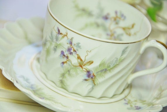 """Vintage Haviland Limoges """"Orsay"""" Tea Cup and Saucer, Swirl, Off White/Purple/Green"""