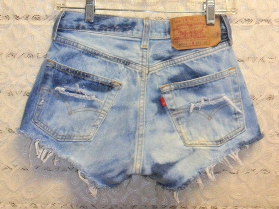 Vintage Levis 501xx  Button Fly Distressed denim shorts-- -Waist 27  inch