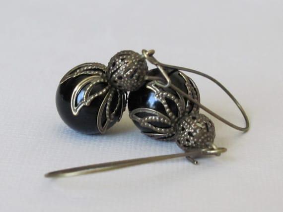 Black Earrings Filigree Earrings Gothic Earrings Black Pearl Earrings Women Jewelry Gift Bauble Earrings Antique Brass Earrings Long