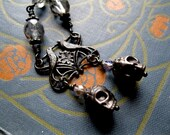 Skull Rosary Necklace. Gothic Soul Mates. Dark Fairy Tale of Star Crossed Lovers.