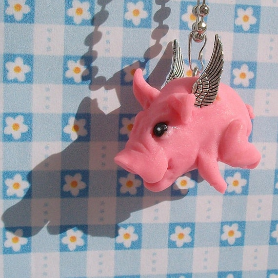 Flying pig - sweet necklace