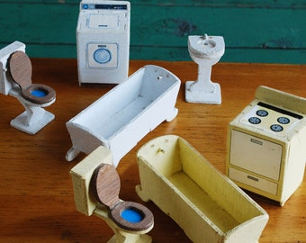 Primitive Miniature Dollhouse Furniture, Handmade Toilets, Bathtubs, Washing Machine, Sink, Range