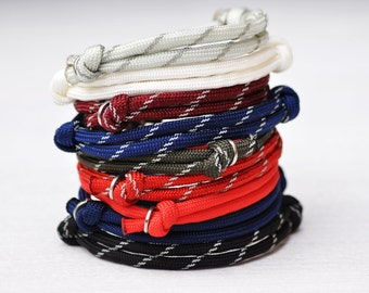 PREPPY PARACORD Bracelet by MOONDROPS /// Perfect stocking stuffer for the athletic guy or gal /// Gift under 10 dollars