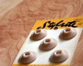 Nude Vintage Bakelite 3-D Deco Buttons on Original Card