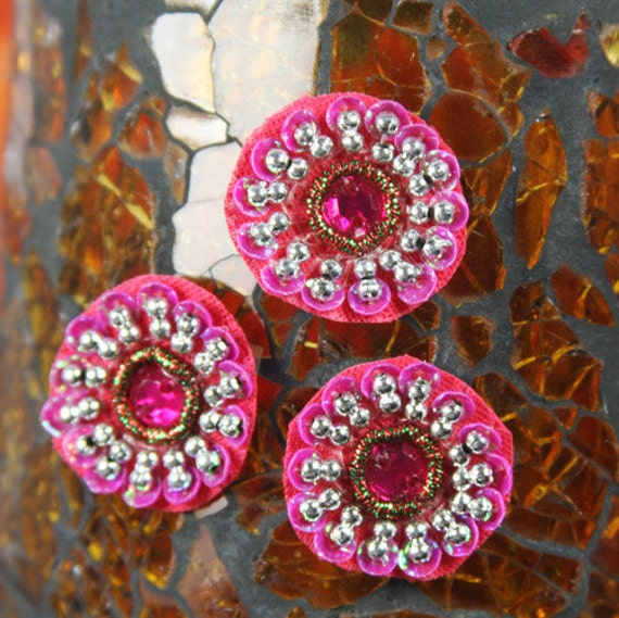 10 Flower Centers - Dynasty Dark Pink 536053 -  sequin base with beaded sequin edges, crystal flower center finished with beaded sequin