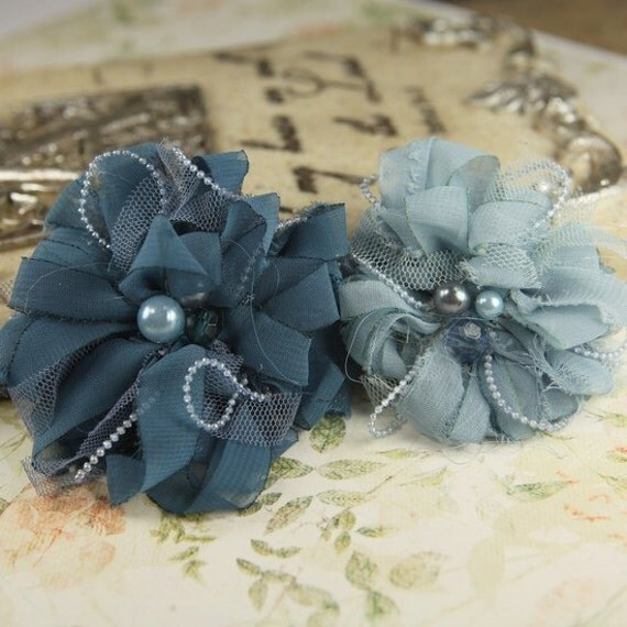 Gatsby Sheer Silk and tulle fabric flowers mixed with beads and pearls - Bay 546403 - shades of blue