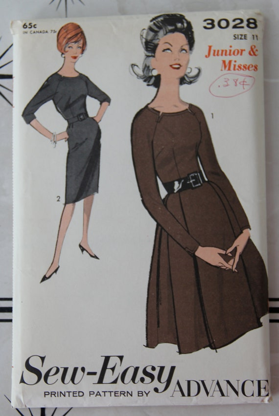 1960s Advance 3028 Vintage Sewing Pattern Junior and Misses Dress with Two Skirts Bust 31 1/2 UC FF
