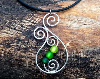Necklace - Aotearoa - with Polarisbeads  GREEN   New Zealand Koru wire wrapped