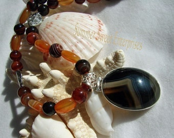 Beautiful Botswana Agate Beaded Necklace and Earring Set with Botswana Pendant