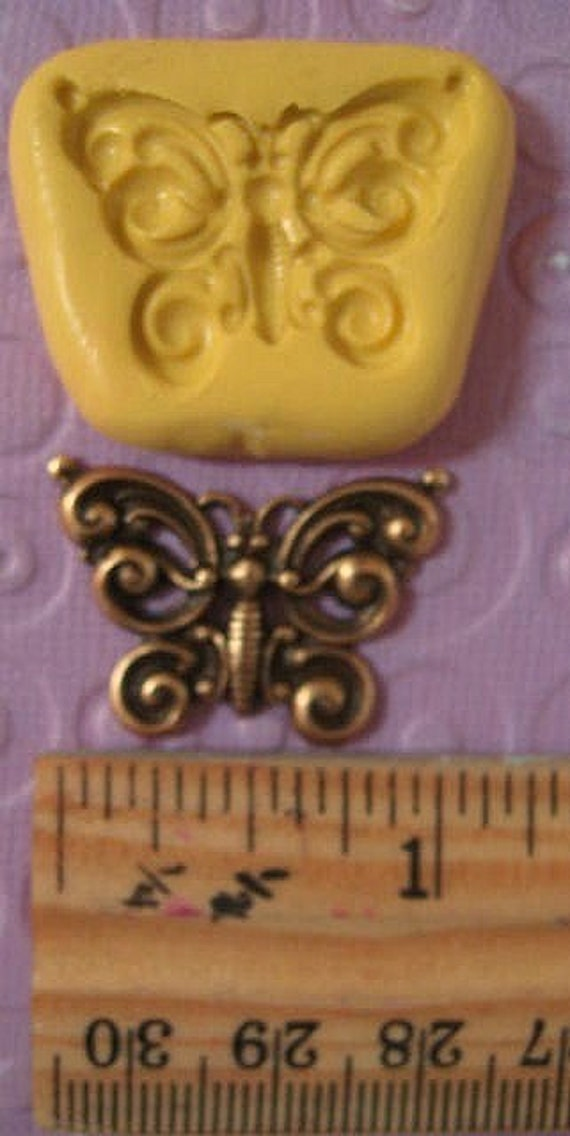 FLEXIBLE  PRETTY BUTTERFLY mold for  gumpaste fondant cake decorations  polymer clay,  resin, candy cute, wax