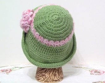 Crochet Hat Women's  Green Pink Flower Flapper