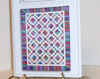 Queen Quilt  Book And 40 Fat Quarters Kit