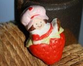 Sweet Vintage 80s Strawberry Shortcake Pin - Berry Cute