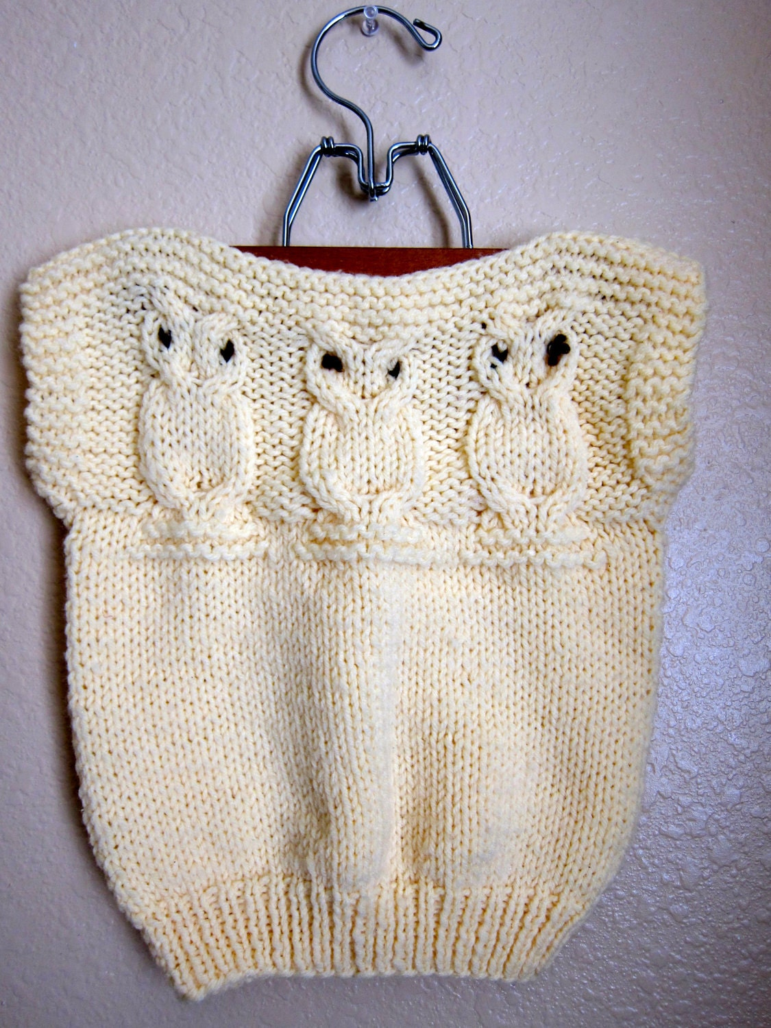 Knitting Pattern For Owl Jumper : Pale Yellow Childrens Knitted Owl Sweater