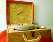 Working Vintage Imperial Record Player, Four Settings, 1950's-1960's, Portable