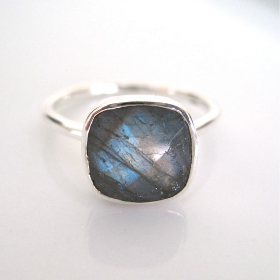Sterling Silver Faceted Labradorite Ring - Size 6