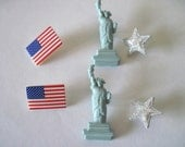 4th of July Buttons Statue of Liberty, Flag, and Star for Scrapbooking, hair bows, or jewlery