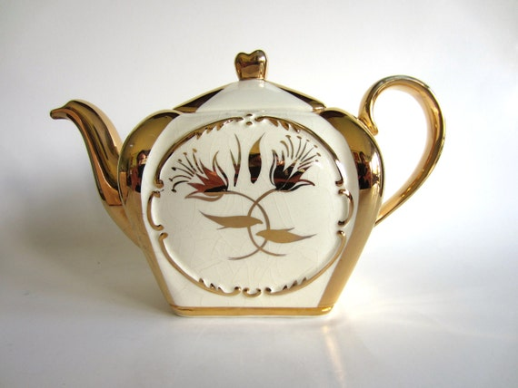"Vintage Teapot Sudlow's Burslem ""Maple"" 01426 V Cream Gold Gilt Art Deco Rare Shabby Tea Pot"