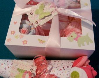 EVERYDAY LOW PRICE 15  Piece  Delicious Onesie, Diapers, Socks Washcloth Cupcakes , Washcloth Bouquet,  Free  Booties or Blanket Cupcake