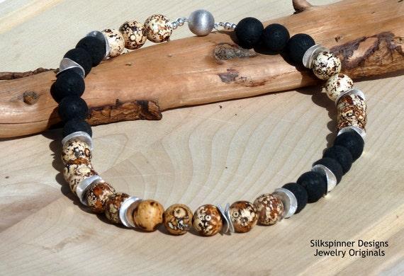 Antique Agate & Lava Necklace/ Halskette mit Antik-Achat und Lavastein