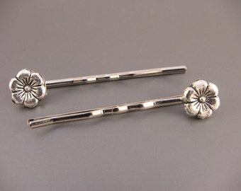 Silver Flower Bobby Pins