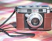 Vintage Kodak SIGNET 40 Camera