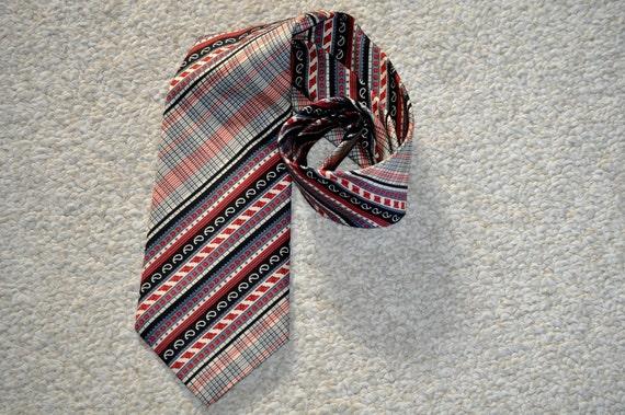 Wide Retro Tie.  1960's Wide Orange Geometric Necktie. Armor of Modern Men. Eveteam