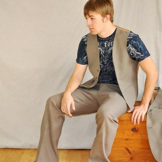 3 Piece Suit/ Vintage Haggar Comfort Suit, Taupe 40L-42R. Eveteam