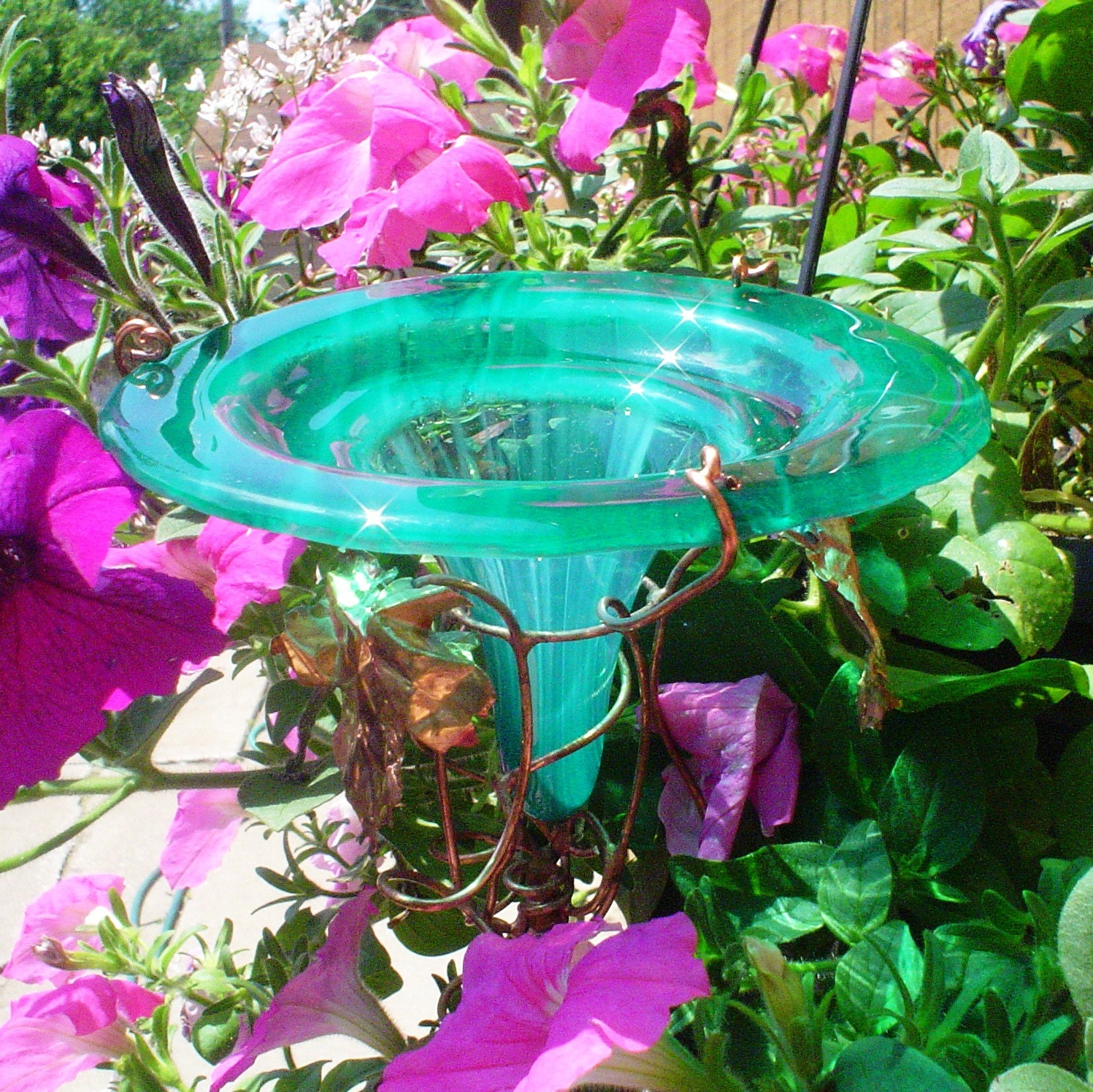 Home decor outdoor hummingbird feeder stained glass for Hummingbird decor