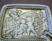Vintage ceramic ashtray.  Mid century ceramic ashtray.  Vintage ashtray with gold leaf