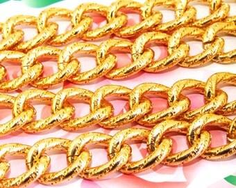 "Long Shiny Dot  Loop Twist Cut 16mm-20mm Plated Gold Aluminum  Metal Chain 4mm---38"""