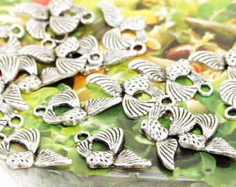 40Beads--- Charm Fishes Pendant Link  Beads Silver Plated Filigree Findings Metal Connector Link Beads 12mmx20mm 3H