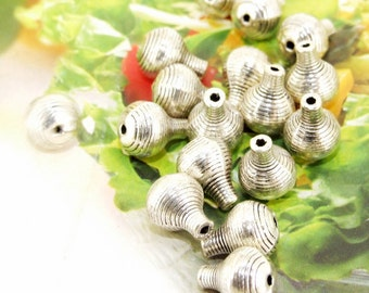 20 Beads--- Charm Vase figure Beads Link  Beads Silver Plated Filigree Findings Metal Connector Link Beads 8mmx10mm 3H
