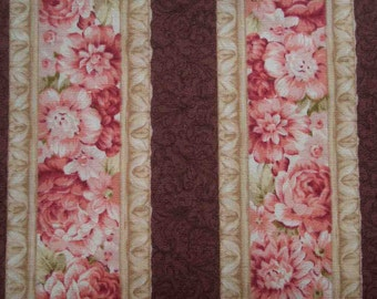 Rose border, burgundy background, fat quarter, pure cotton fabric