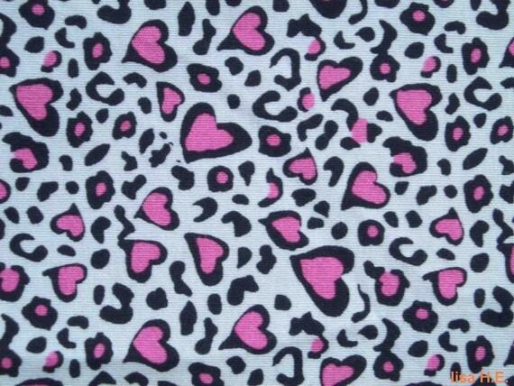 SALE - Small hearts in bright ppink, fat quarter, pure cotton fabric