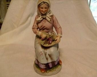 Vinatge Home Interior Figurine Farm Lady w/ Grapes Homco 1433